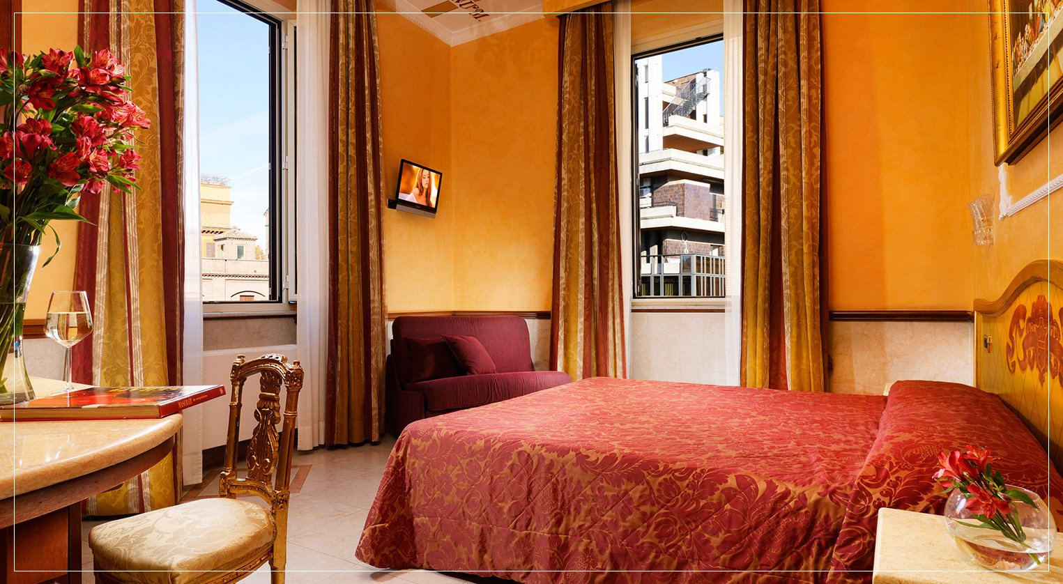 Luxury Hotel 4 Stars Near Spanish Steps In The Centre Of Rome
